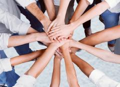 La coopération en tant que caractéristique d'un leadership solide